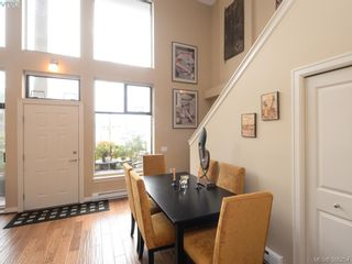 Photo 5: 102 820 Short St in VICTORIA: SE Quadra Row/Townhouse for sale (Saanich East)  : MLS®# 776199