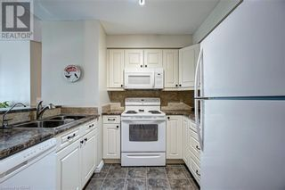 Photo 9: 150 DUNLOP Street E Unit# 703 in Barrie: House for sale