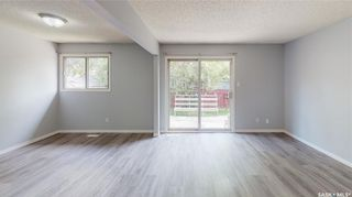 Photo 5: 839 Athlone Drive North in Regina: McCarthy Park Residential for sale : MLS®# SK870614