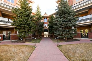 Main Photo: 329 30 Sierra Morena Landing SW in Calgary: Signal Hill Apartment for sale : MLS®# A1137331