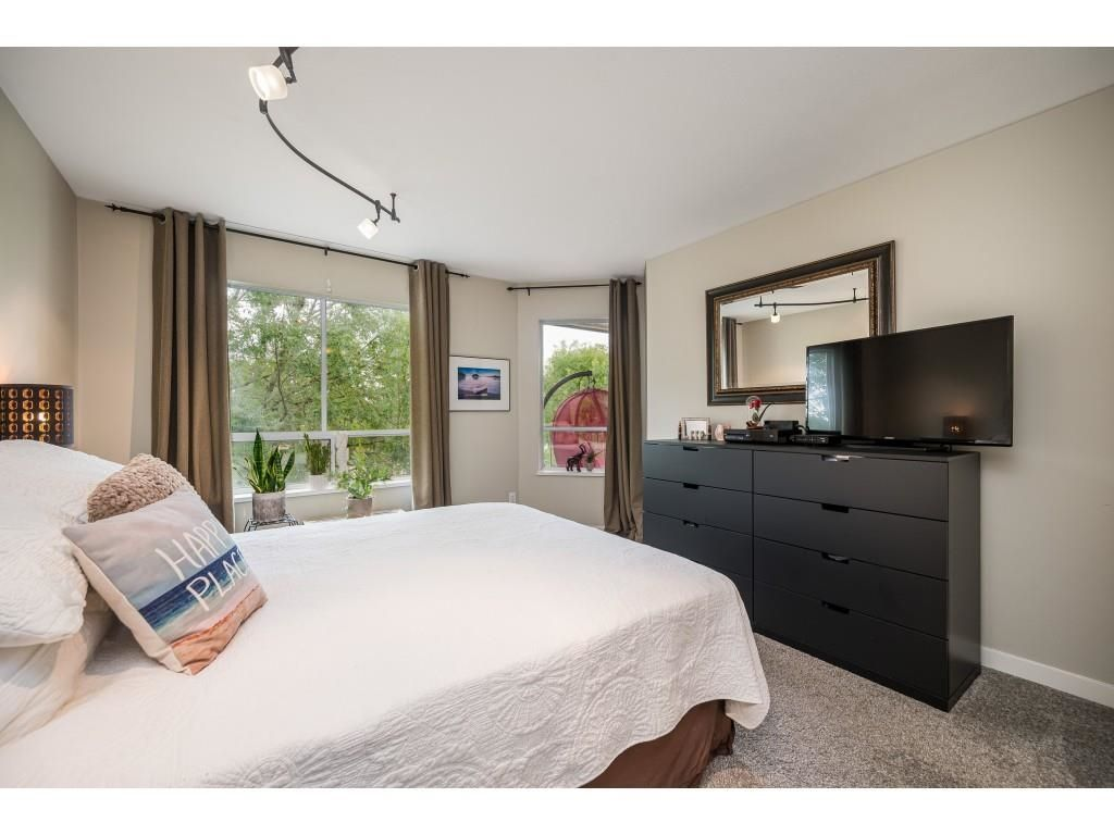 """Photo 14: Photos: 306 5450 208 Street in Langley: Langley City Condo for sale in """"Montgomery Gate"""" : MLS®# R2608181"""