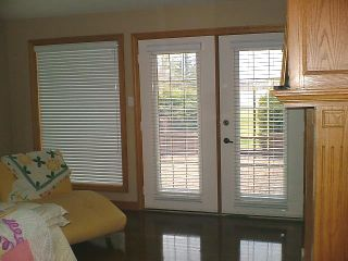Photo 12: 561 DANKO Drive in ESTPAUL: Birdshill Area Residential for sale (North East Winnipeg)  : MLS®# 1202033