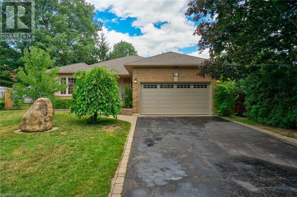 Main Photo:  in Barrie: House for sale