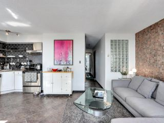 """Photo 7: 404 1534 HARWOOD Street in Vancouver: West End VW Condo for sale in """"St Pierre"""" (Vancouver West)  : MLS®# R2609821"""
