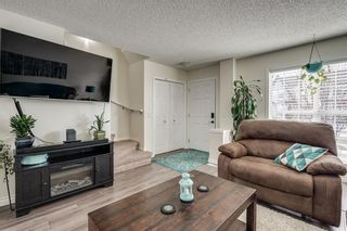 Photo 12: 155 ELGIN MEADOWS Gardens SE in Calgary: McKenzie Towne Semi Detached for sale : MLS®# C4299910