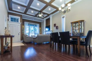 Photo 2: 11664 84 Avenue in Delta: Scottsdale House for sale (N. Delta)  : MLS®# R2361079