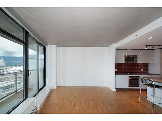 """Photo 3: 1906 108 W CORDOVA Street in Vancouver: Downtown VW Condo for sale in """"Woodwards W32"""" (Vancouver West)  : MLS®# V1121064"""
