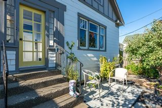 Photo 4: 2750 Penrith Ave in : CV Cumberland House for sale (Comox Valley)  : MLS®# 883512