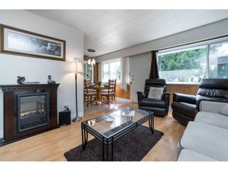 Photo 3: 5816 175 Street in Surrey: Cloverdale BC House for sale (Cloverdale)  : MLS®# R2548303