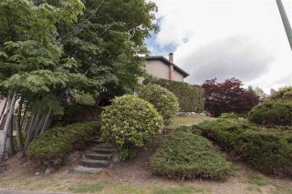 Photo 19: 1282 TERCEL Court in Coquitlam: Upper Eagle Ridge House for sale : MLS®# R2273413