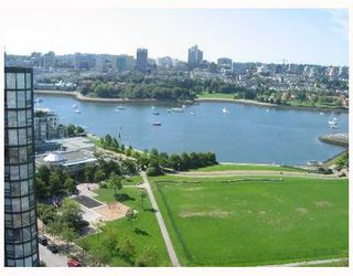 """Photo 23: 2005 289 DRAKE Street in Vancouver: Downtown VW Condo for sale in """"PARKVIEW TOWER"""" (Vancouver West)  : MLS®# V661632"""