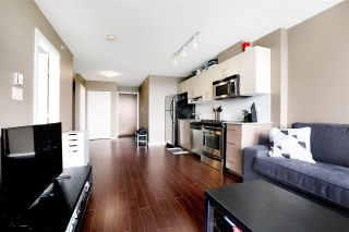 """Photo 6: 1211 550 TAYLOR Street in Vancouver: Downtown VW Condo for sale in """"The Taylor"""" (Vancouver West)  : MLS®# R2575257"""