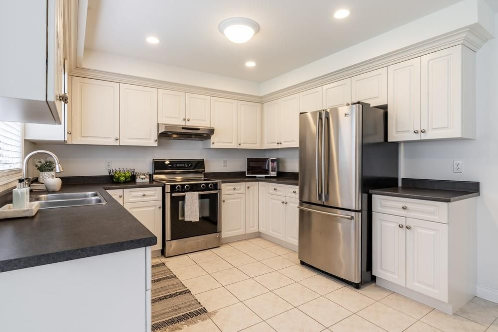 Photo 13: Photos: 1105 Westhaven Drive in Burlington: Residential for sale : MLS®# H4105053