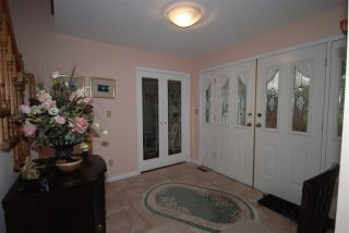 Photo 12: 7626 ARVIN Court in Burnaby: Simon Fraser Univer. House for sale (Burnaby North)  : MLS®# R2027897
