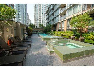 """Photo 12: 816 788 RICHARDS Street in Vancouver: Downtown VW Condo for sale in """"L'Hermitage"""" (Vancouver West)  : MLS®# V1019644"""