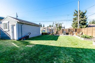 Photo 11: 7949 18TH Avenue in Burnaby: East Burnaby House for sale (Burnaby East)  : MLS®# R2116087