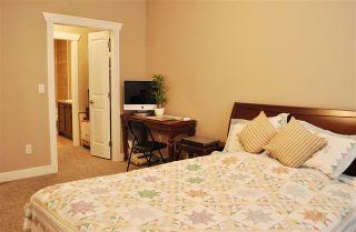 """Photo 5: 603 14333 104 Avenue in Surrey: Whalley Condo for sale in """"Park Central"""" (North Surrey)  : MLS®# R2156966"""