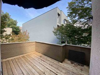 Photo 1: 3226 WILLOW STREET in Vancouver: Cambie Townhouse for sale (Vancouver West)  : MLS®# R2495862