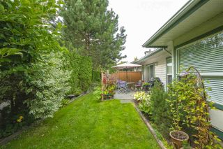 """Photo 23: 13 18939 65 Avenue in Surrey: Cloverdale BC Townhouse for sale in """"Glenwood Gardens"""" (Cloverdale)  : MLS®# R2485614"""