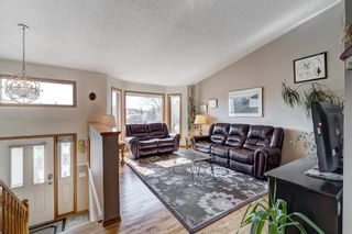 Photo 5: 1 West Boothby Crescent: Cochrane Detached for sale : MLS®# A1090336