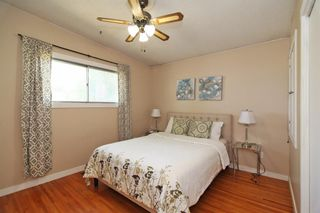 Photo 3: 404 28 Avenue NE in Calgary: Winston Heights/Mountview Semi Detached for sale : MLS®# A1117362
