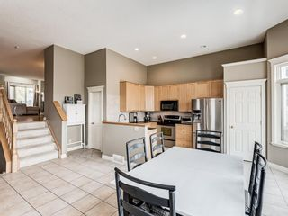 Photo 9: 4339 2 Street NW in Calgary: Highland Park Semi Detached for sale : MLS®# A1092549