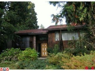 """Photo 1: 14643 101A Avenue in Surrey: Guildford House for sale in """"GUILDFORD"""" (North Surrey)  : MLS®# F1018531"""