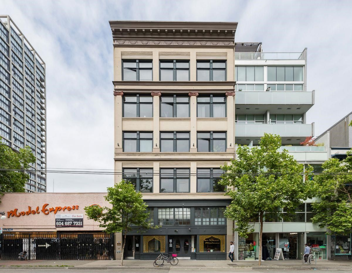 """Main Photo: 302 53 W HASTINGS Street in Vancouver: Downtown VW Condo for sale in """"PARIS BLOCK"""" (Vancouver West)  : MLS®# R2595006"""