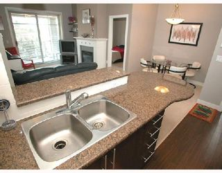 """Photo 9: 406 2478 SHAUGHNESSY Street in Port_Coquitlam: Central Pt Coquitlam Condo for sale in """"SHAUGHNESSY EAST"""" (Port Coquitlam)  : MLS®# V699540"""
