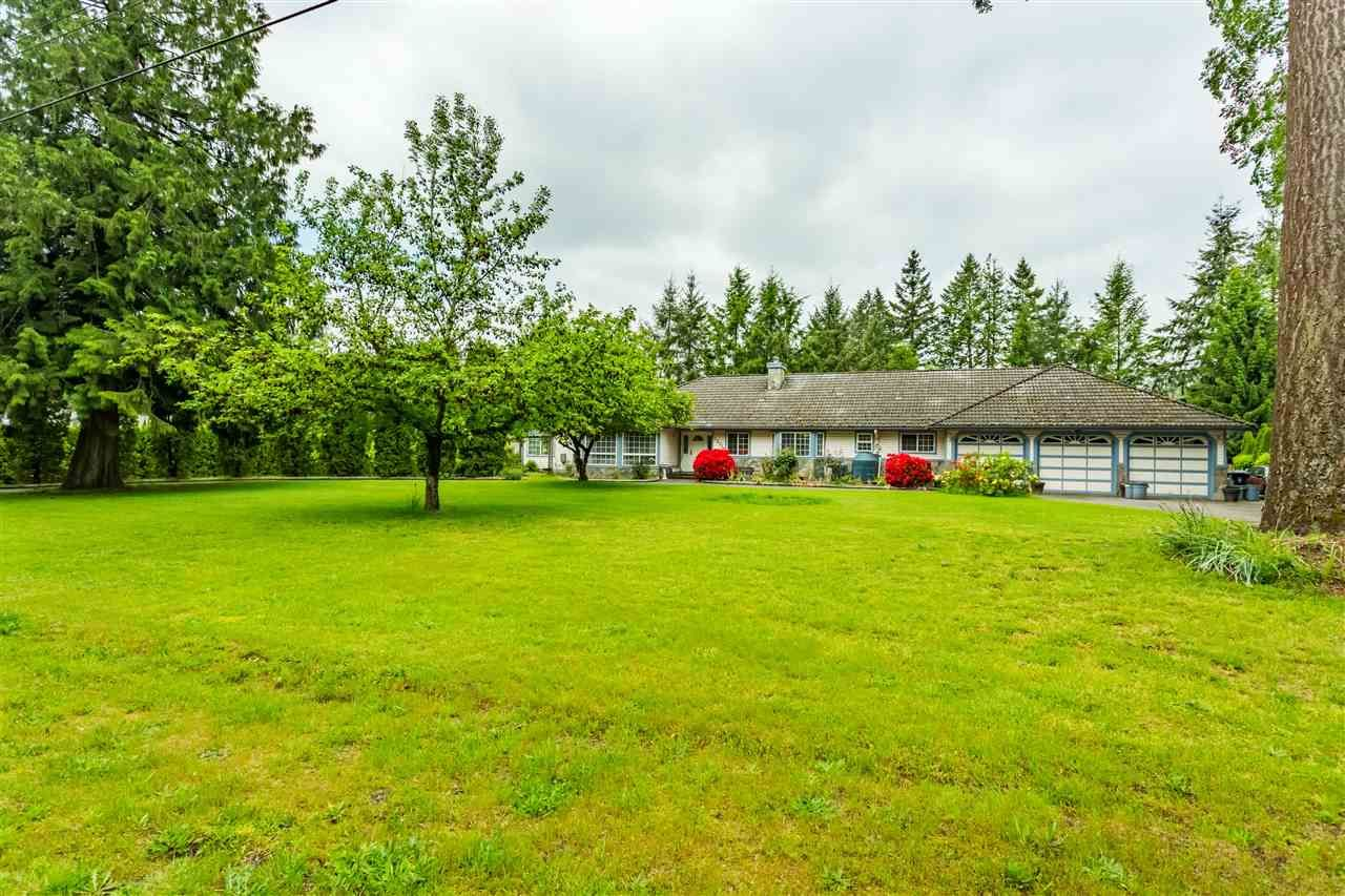 Main Photo: 23779 62 Avenue in Langley: Salmon River House for sale : MLS®# R2410662