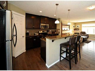 Photo 7: 14 COUNTRY VILLAGE Gate NE in CALGARY: Country Hills Village Townhouse for sale (Calgary)  : MLS®# C3578013