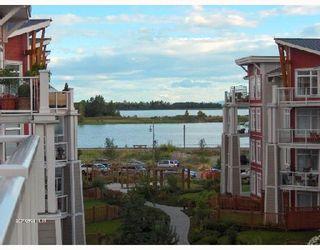 "Photo 1: 427 4280 MONCTON Street in Richmond: Steveston South Condo for sale in ""THE VILLAGE"" : MLS®# V656451"