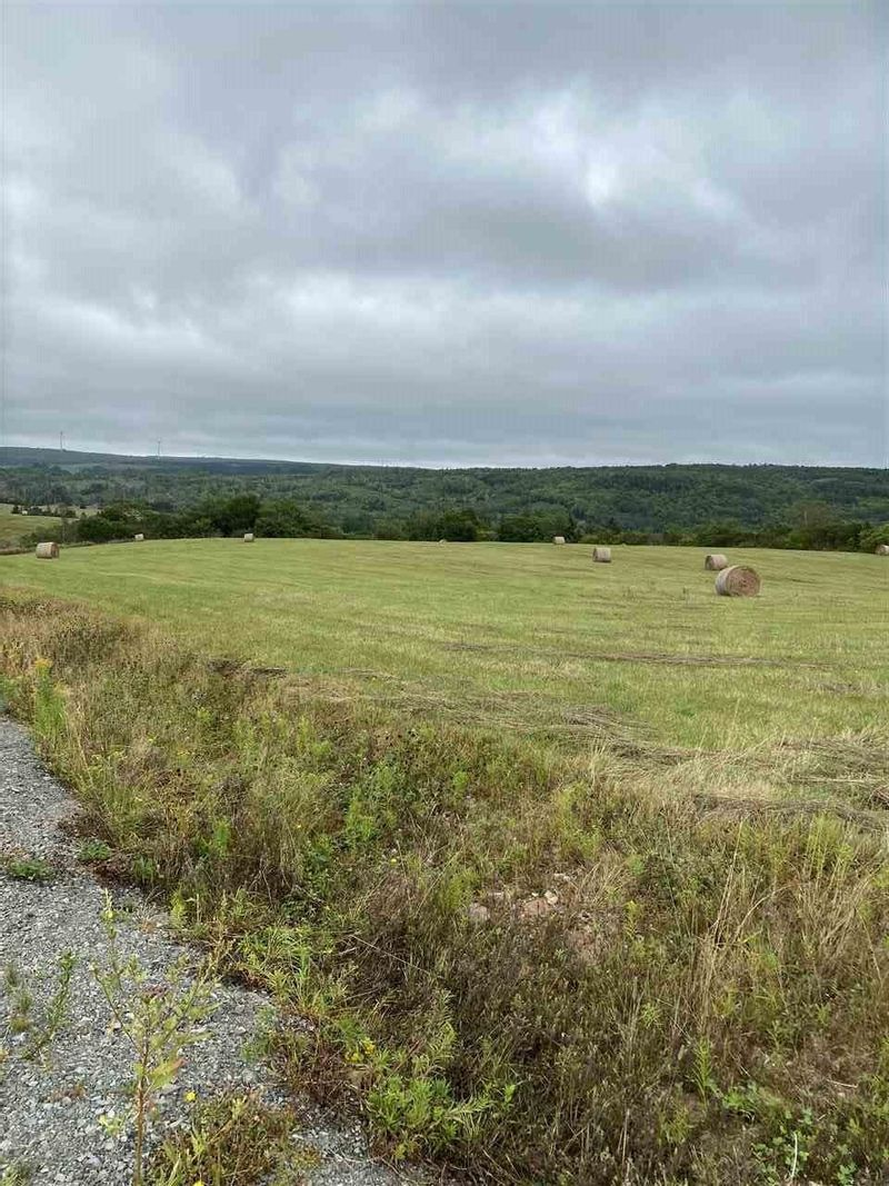 FEATURED LISTING: Lots 1, 2, 3 - 12 Vincent Loop North Grant