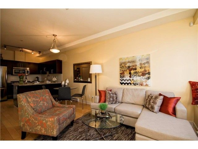 Main Photo: 1871 stainsbury in Vancouver: Victoria VE Condo for sale (Vancouver East)  : MLS®# v1046111