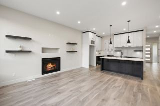 """Photo 13: 4446 STEPHEN LEACOCK Drive in Abbotsford: Abbotsford East House for sale in """"Auguston"""" : MLS®# R2613375"""