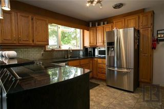 Photo 3: 43 Mohawk Bay in Winnipeg: Niakwa Park Residential for sale (2G)  : MLS®# 1820213
