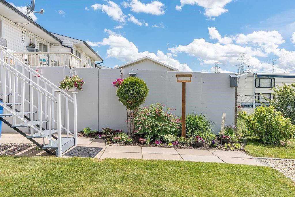 Photo 43: Photos: 5139 55 Avenue: Wetaskiwin Attached Home for sale : MLS®# E4249539