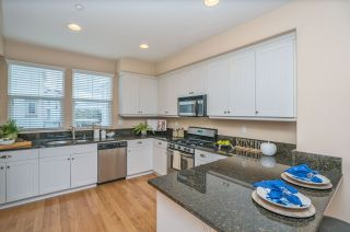 Photo 9: OCEANSIDE Townhouse for sale : 3 bedrooms : 825 Harbor Cliff Way #269
