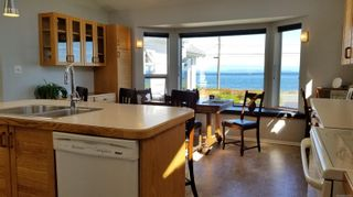 Photo 9: 2978 South Island Hwy in Campbell River: CR Willow Point House for sale : MLS®# 854168
