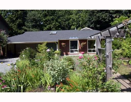 """Main Photo: 4785 WESLEY Drive in Tsawwassen: English Bluff House for sale in """"THE VILLAGE"""" : MLS®# V777978"""