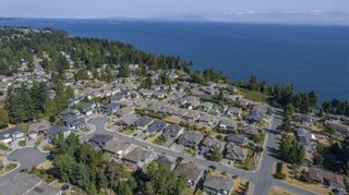 Photo 10: 5626 Oceanview Terr in Nanaimo: Na North Nanaimo House for sale : MLS®# 882120