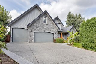 Photo 2: 640 LINTON Street in Coquitlam: Central Coquitlam House for sale : MLS®# R2617480