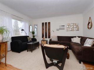Photo 2: 2834/2840 Henderson Rd in VICTORIA: OB Henderson House for sale (Oak Bay)  : MLS®# 750634