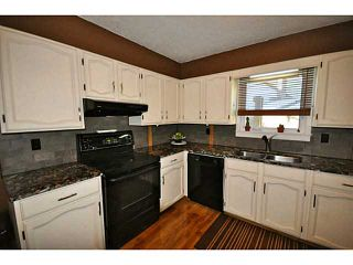 Photo 2: # 22 39752 GOVERNMENT RD in Squamish: Northyards Condo for sale : MLS®# V1105178