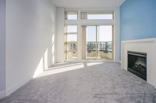 """Photo 2: 418 4550 FRASER Street in Vancouver: Fraser VE Condo for sale in """"CENTURY"""" (Vancouver East)  : MLS®# R2415916"""