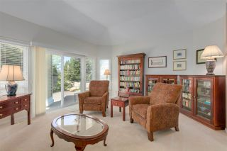 """Photo 6: 11 1881 144 Street in Surrey: Sunnyside Park Surrey Townhouse for sale in """"Brambley Hedge"""" (South Surrey White Rock)  : MLS®# R2480598"""