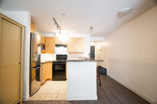 """Photo 13: 408 997 W 22ND Avenue in Vancouver: Cambie Condo for sale in """"THE CRESCENT IN SHAUGHNESSY"""" (Vancouver West)  : MLS®# R2585378"""