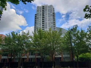 "Main Photo: 908 939 EXPO Boulevard in Vancouver: Yaletown Condo for sale in ""MAX II"" (Vancouver West)  : MLS®# R2384214"