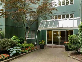 """Photo 25: 502 1508 MARINER Walk in Vancouver: False Creek Condo for sale in """"Mariner Point"""" (Vancouver West)  : MLS®# R2559474"""