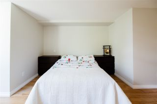 Photo 13: 301 9266 UNIVERSITY Crescent in Burnaby: Simon Fraser Univer. Condo for sale (Burnaby North)  : MLS®# R2464043